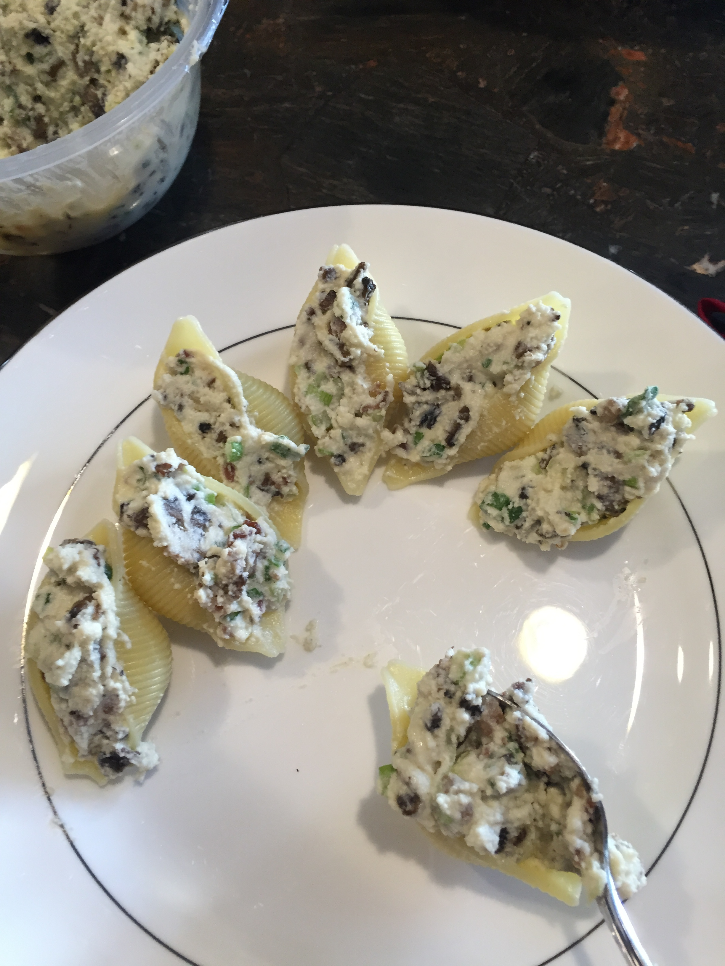 Pasta Gigi marilou s stuffed pasta shells alla gigi