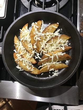 Carne Asada Potato Wedges w cheese